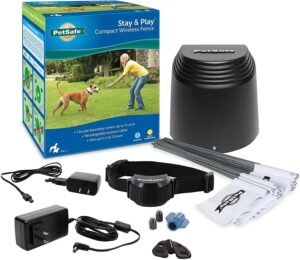 PetSafe Stay & Play Compact Wireless Fence for Dogs
